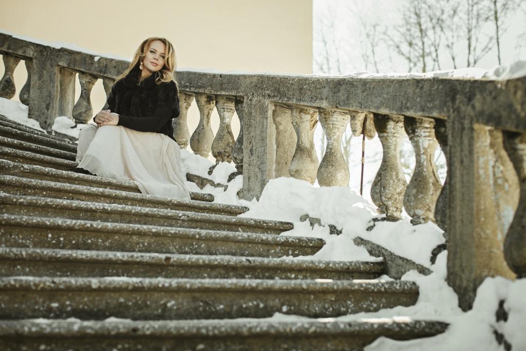 ПОРТРЕТЫ - Anna - Индивидуальная фотосессия от профессиональных фотографов Краснобродских Анечки в Екатеринбурге