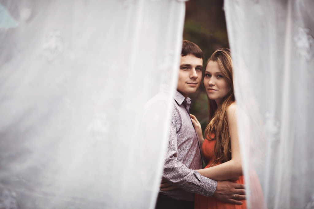В ОЖИДАНИИ - Lena & Serega - Фотосессия годовщина свадьбы Лены и Сережи от семейных фотографов Краснобродских