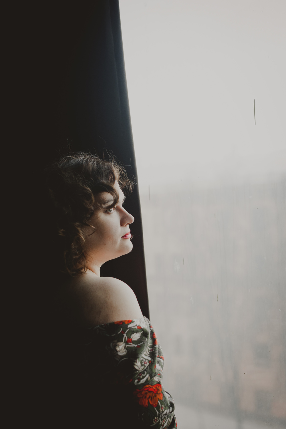 Цвет дня: алый |PORTRAITS