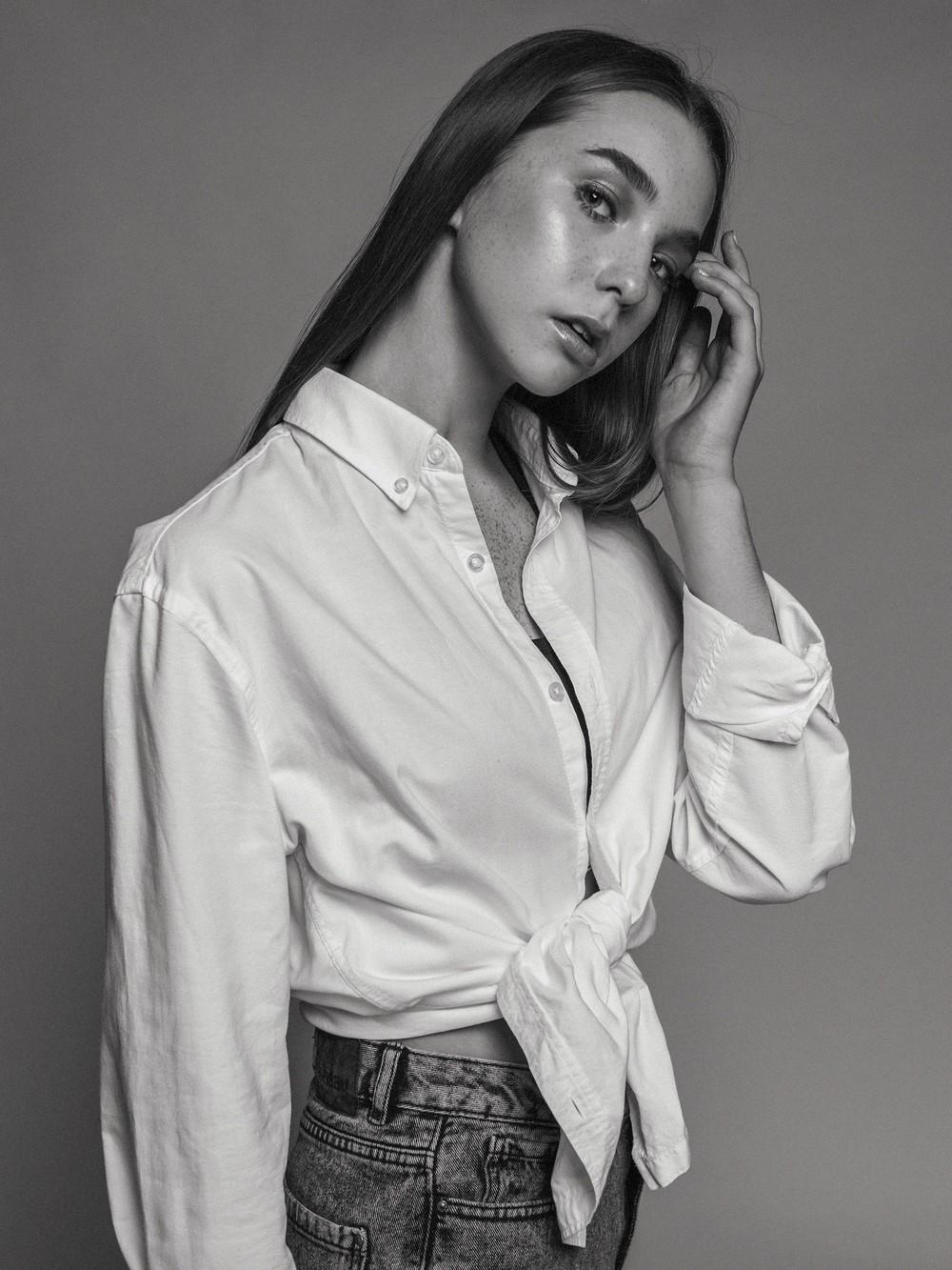 ARINA / MA: CASTA MODELS