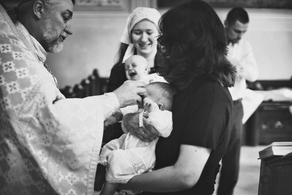 Крещение Феодоры и Иоанны