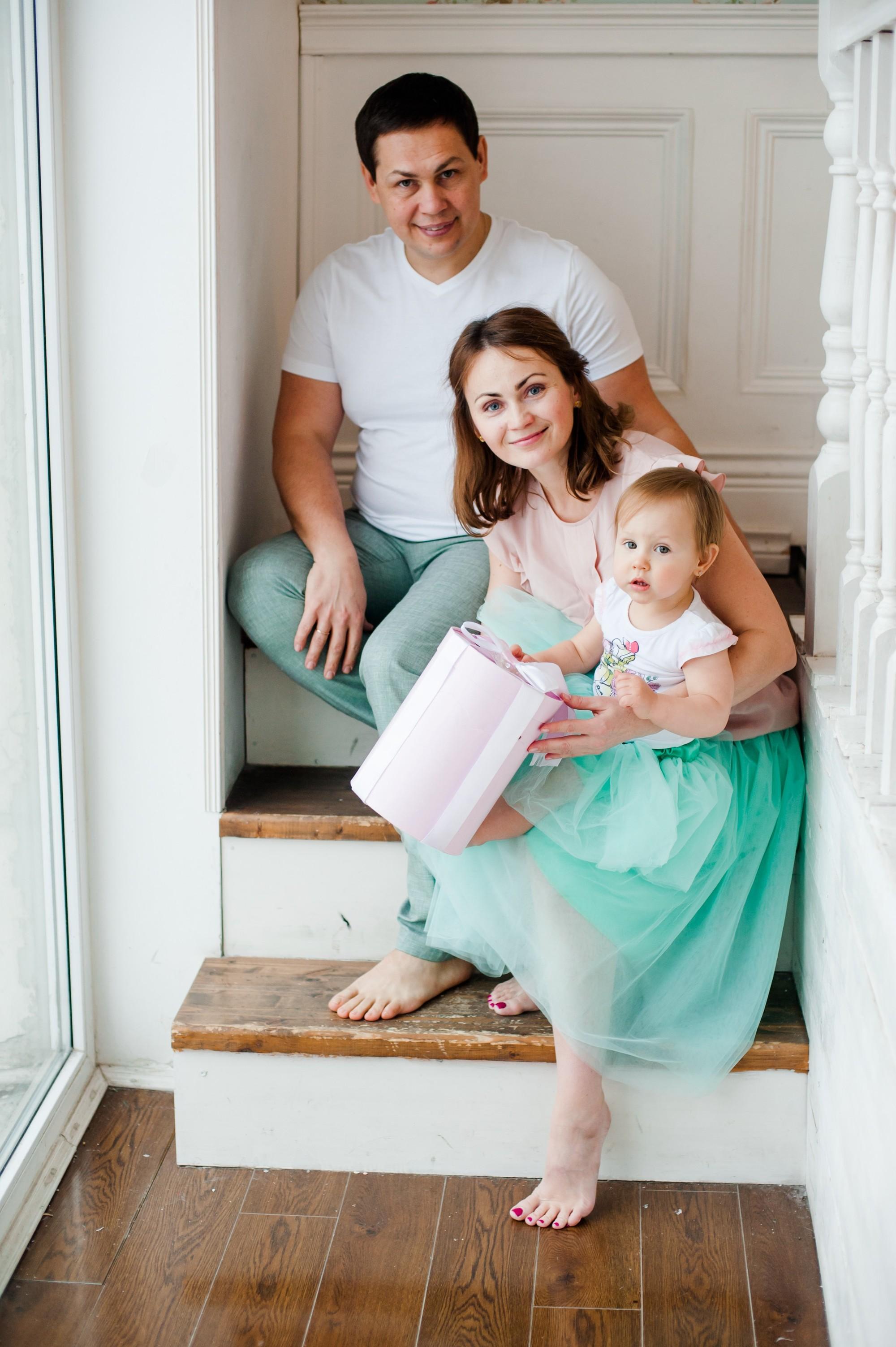 Евгения и ее семья, новогодняя фотосессия