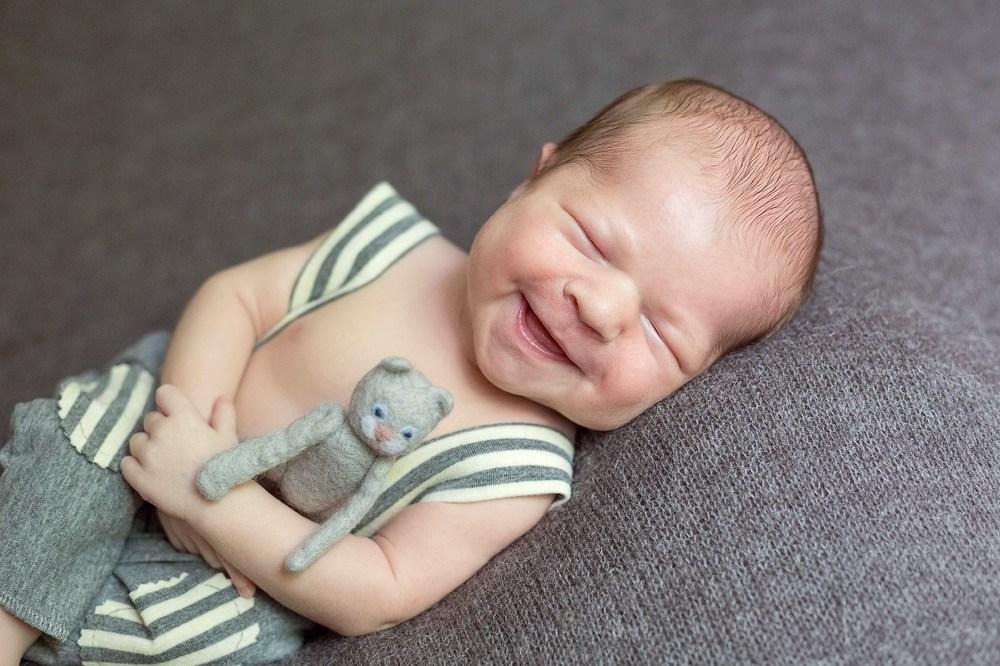 новорожденные воронеж, фотография новорожденного малыша, подарок на выписку, фотограф новорожденных