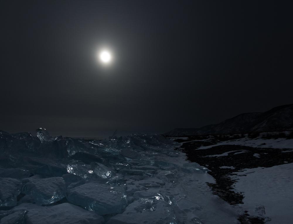 Байкальские сокровища. Лунные камни