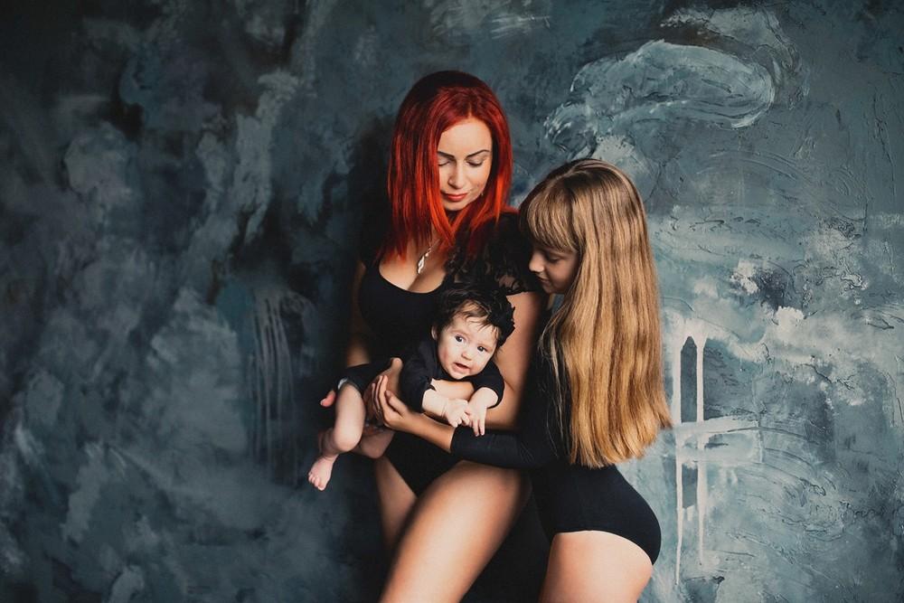 Лейла и дети
