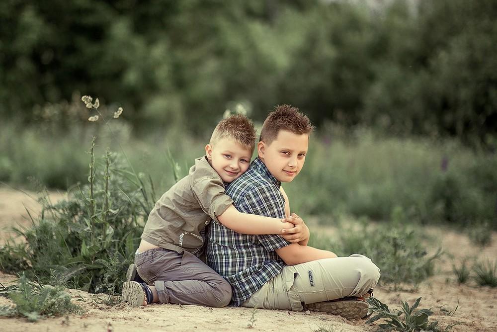 Детская фотосессия - Майлав в люпинах)