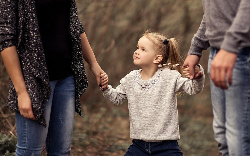 Семейные фотосессии - Весенняя прогулка