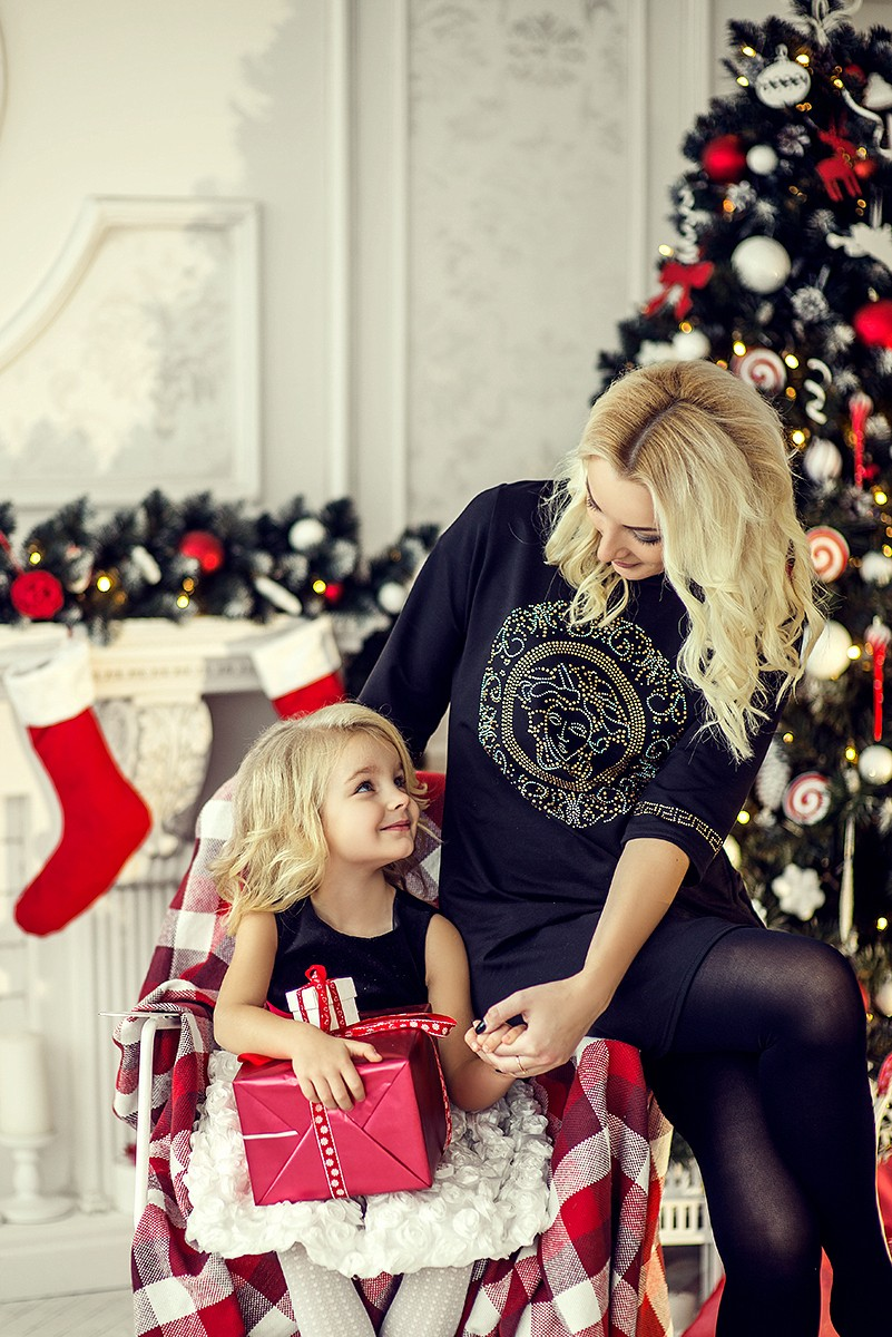Семейные фотосессии - Новый год для Вики и дочки