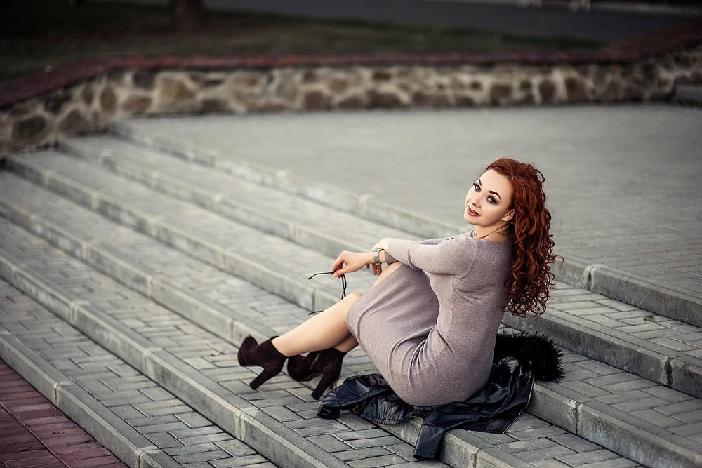 Женские портреты - Кристина в парке