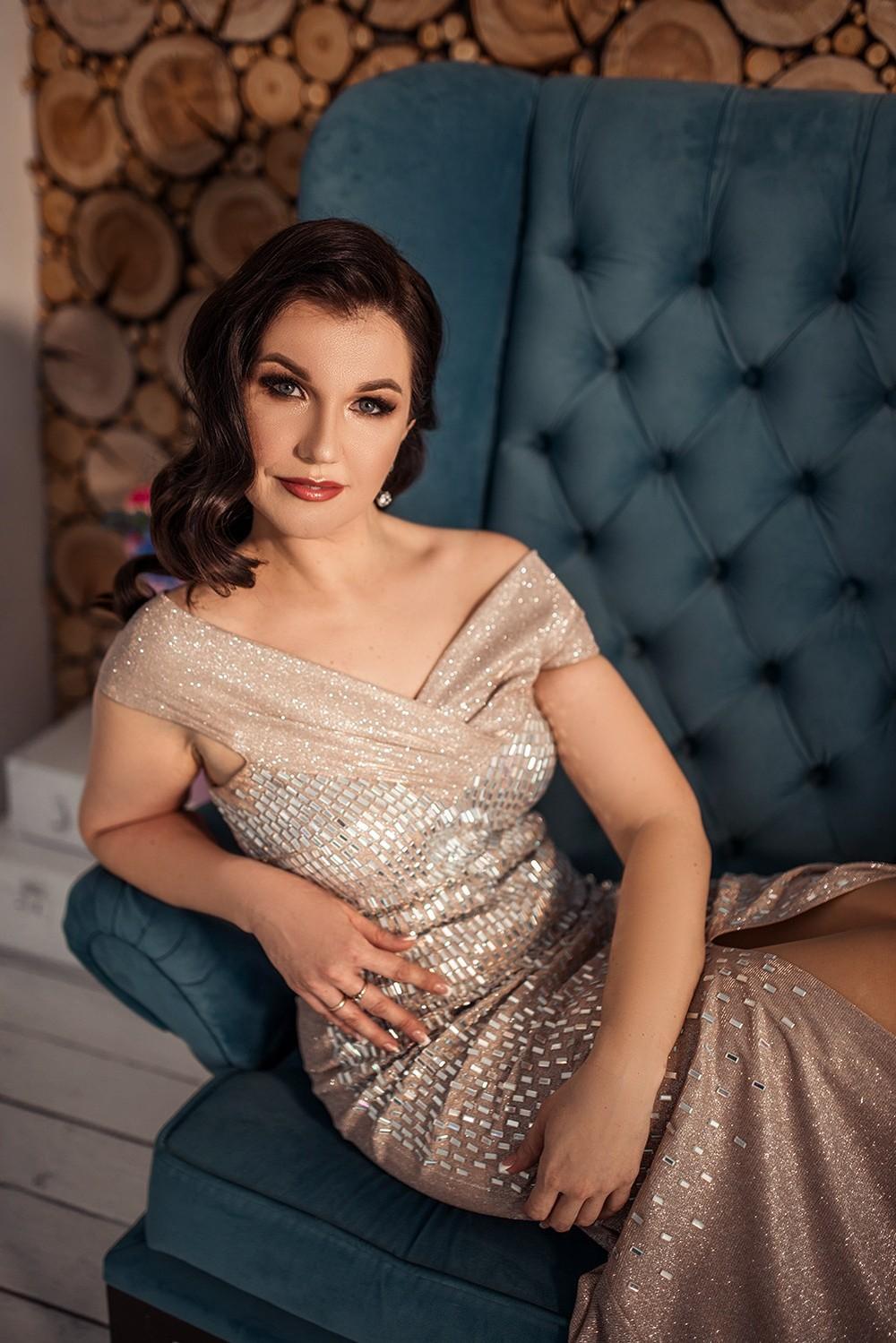 Женские портреты - Ирина