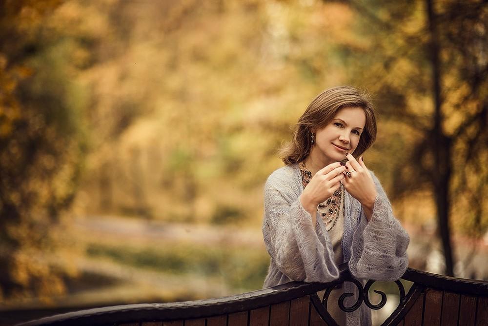 Женские портреты - Женский октябрь
