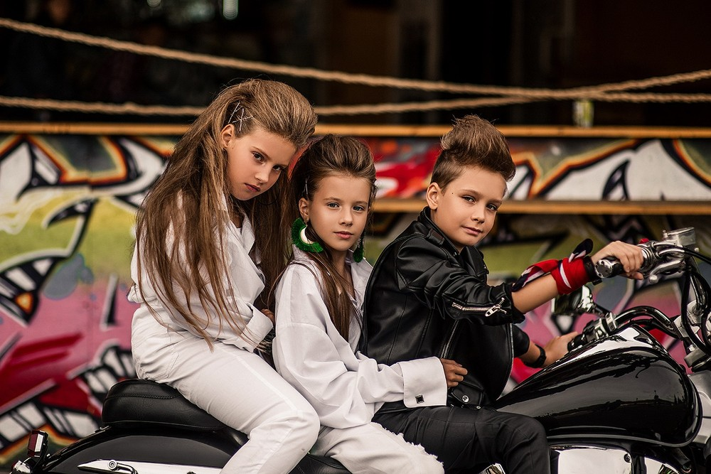 Детская фотосессия - С мотоциклом
