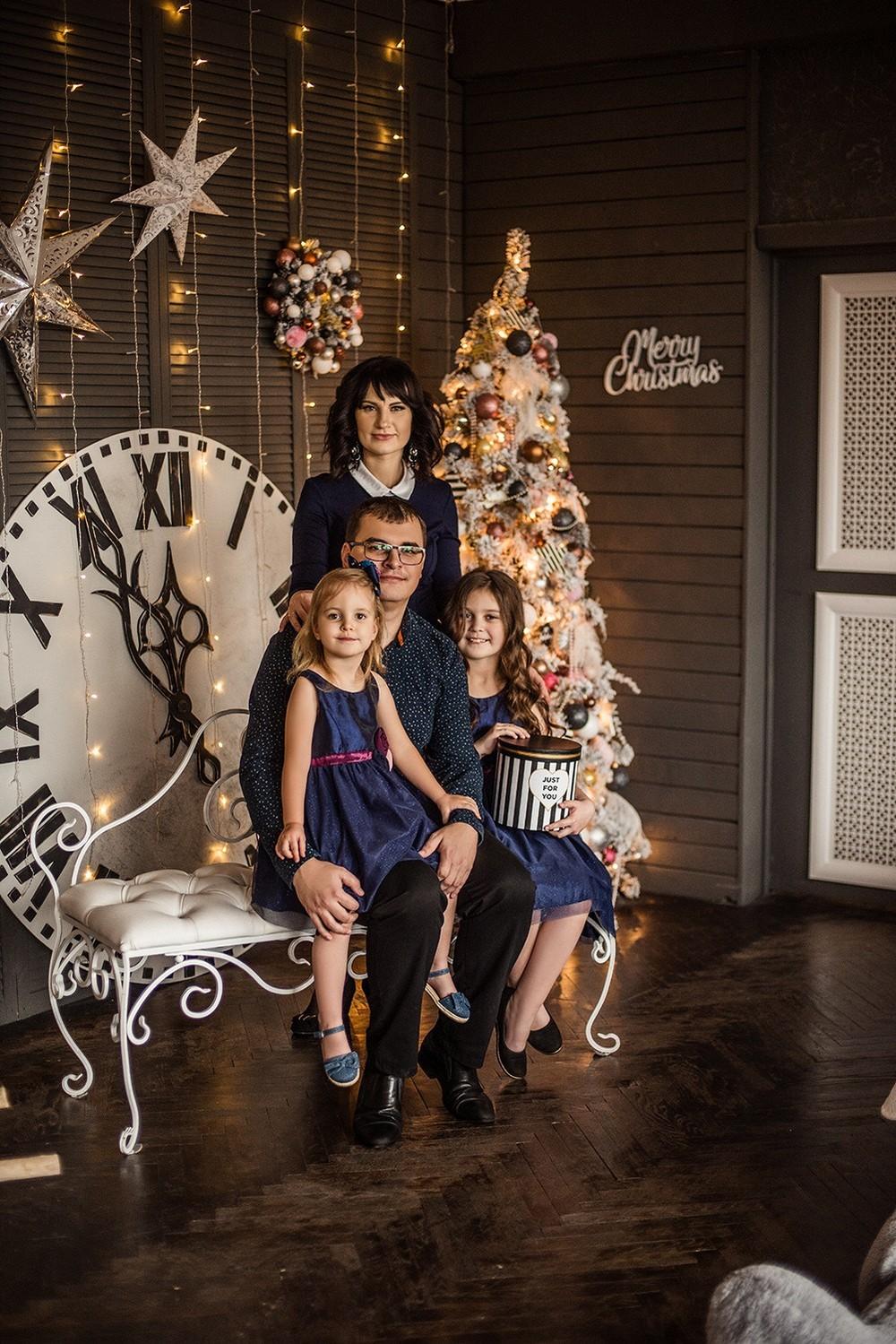 Новогодние серии - Яна и семья