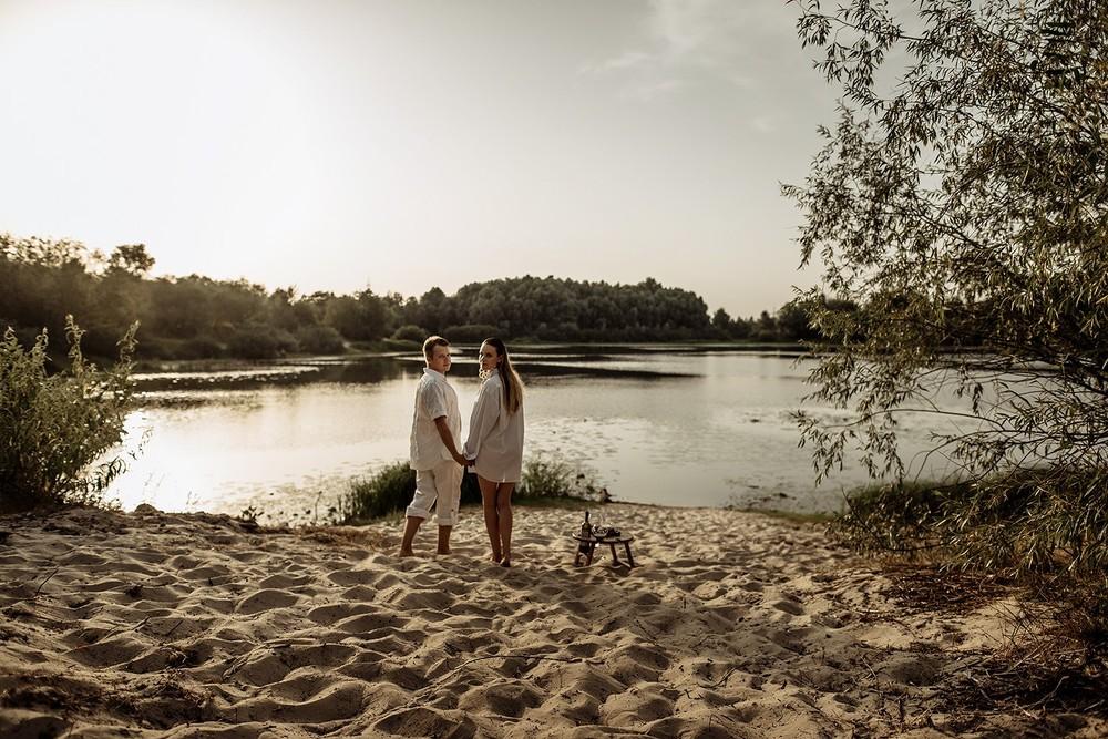 Свадебная фотосъемка и лав стори - У озера