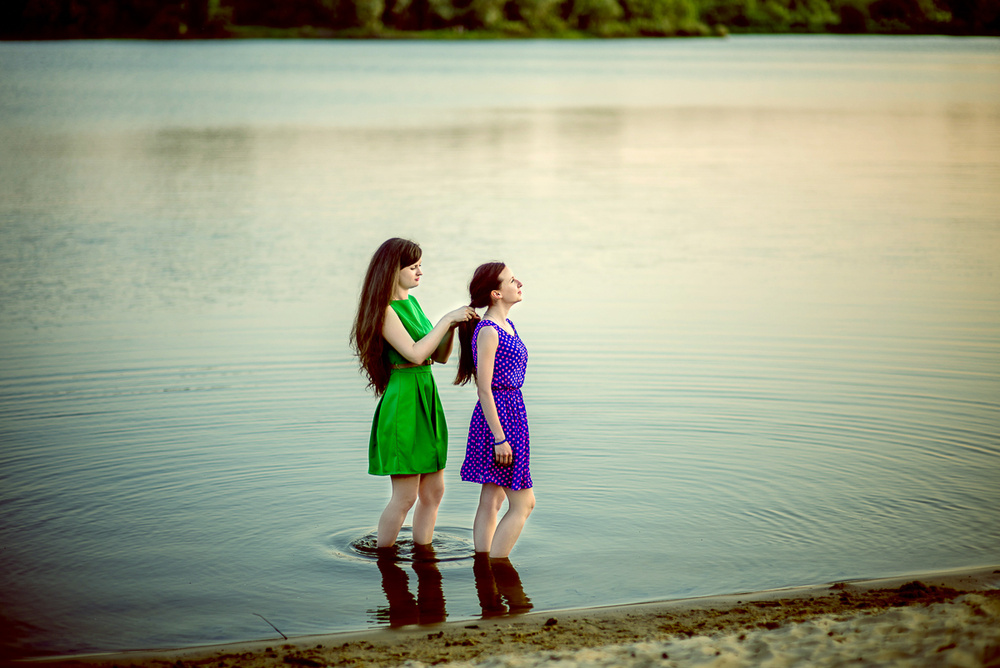Женские портреты - Подружки (Даша и Ира)