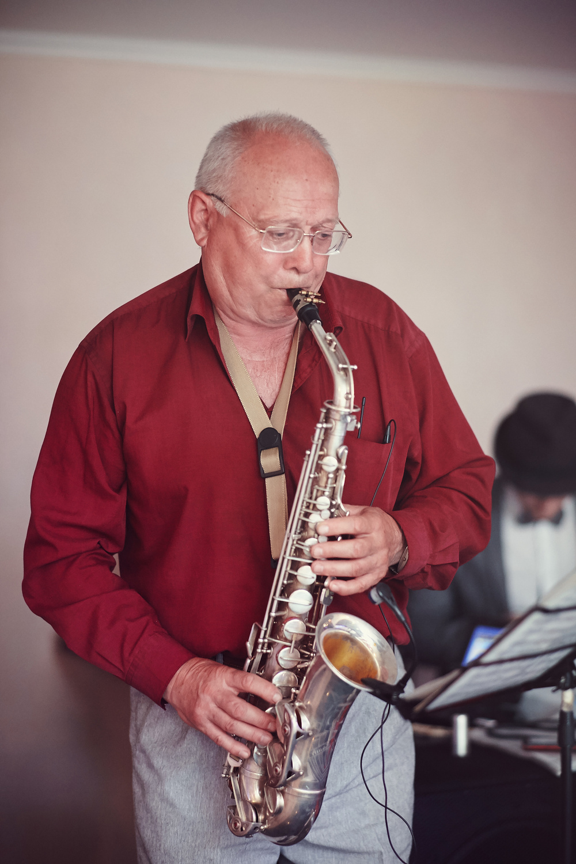 саксафонист