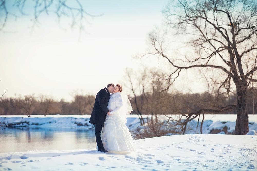 зимняя свадьба, фотосессия у реки