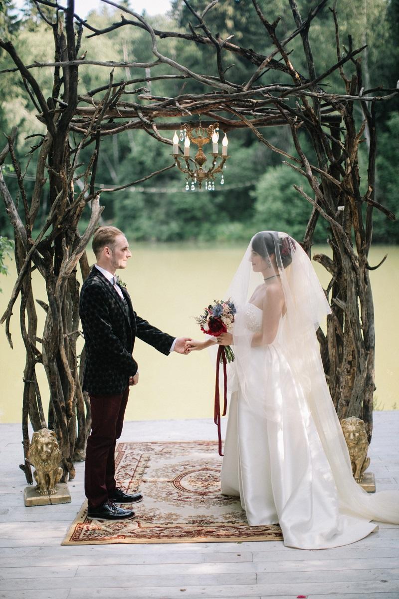свадебная регистрация в лесу