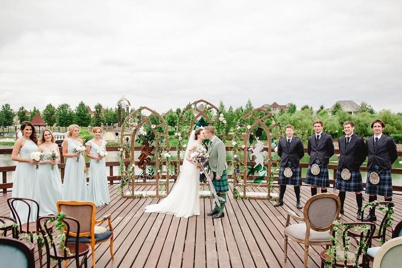 не стандартная регистрация на свадьбе