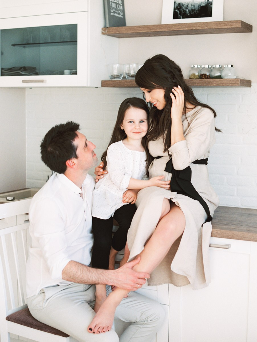 Юлия, Матвей и дочки