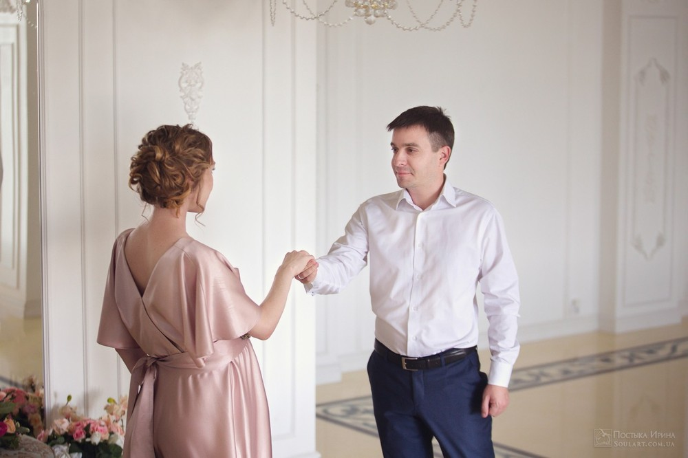 красивая пара в ожидании чуда НН фото сессия