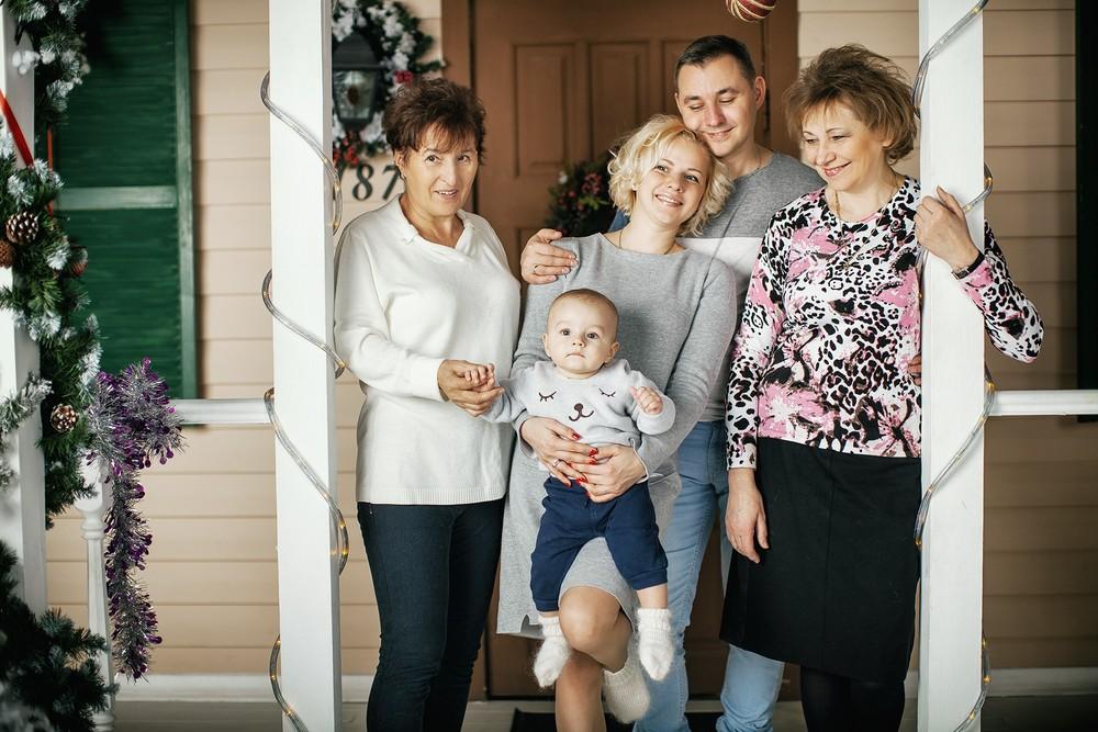 Серёжа & Аня, Мироша и бабушки