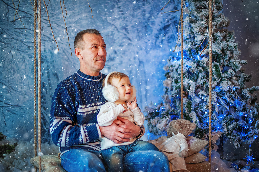 Новогодние истории: Дашенька, Анна и Анатолий
