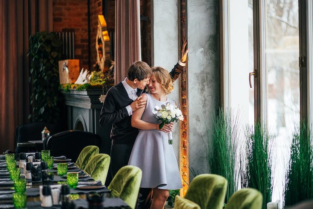 Свадебная фотосессия в ресторане Оттепель