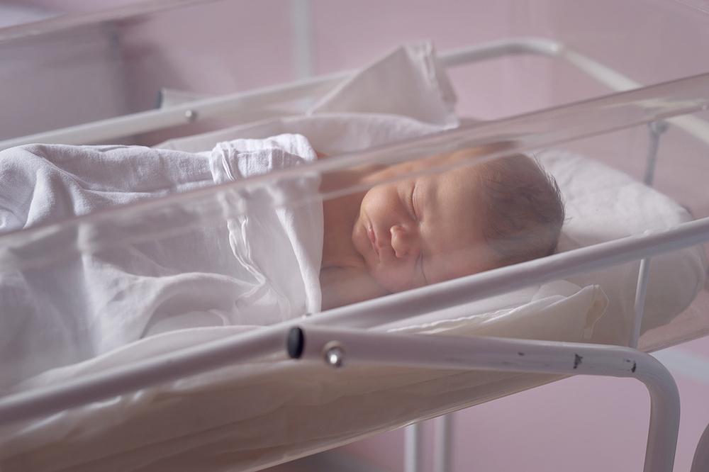 выписка из роддома,фотосессия новорожденного