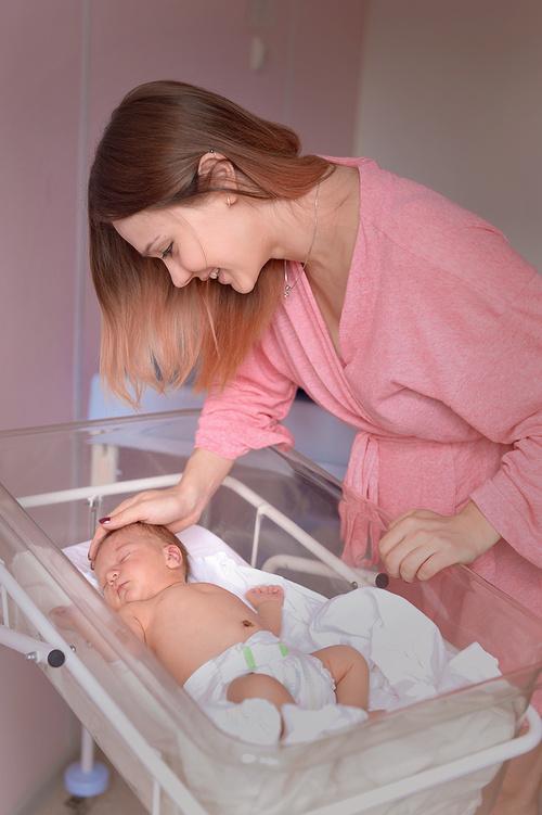 фотосессия выписки из родома,новорожденный пермь