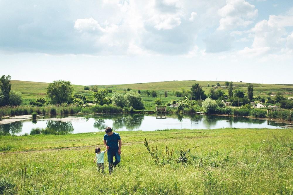 Тропинками, озерами, лугами (Family)