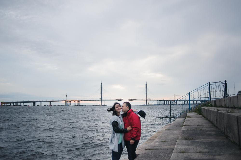 Саша и Маша и ветер в волосах