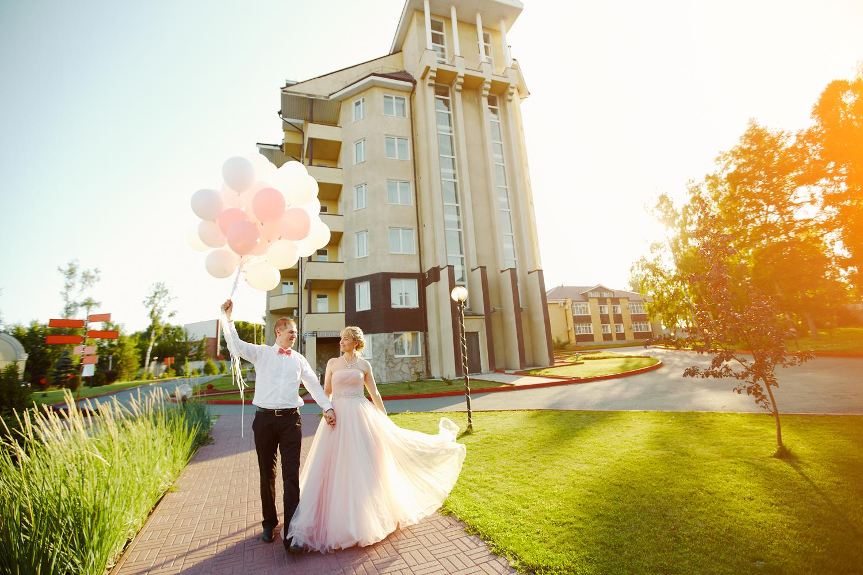 Розовая свадьба, август