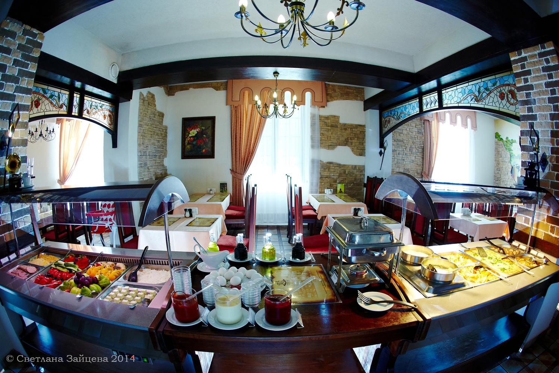 Шведский стол в Фонграде