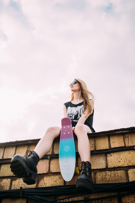 SPRING SKATER GIRL