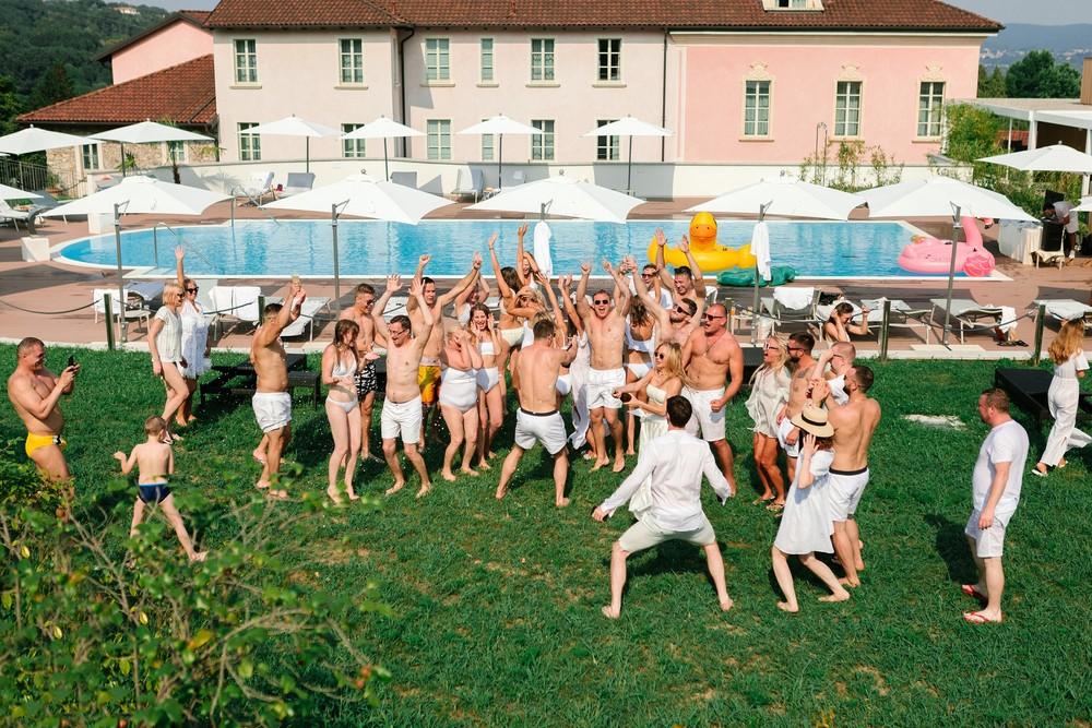 Post-wedding party, Como