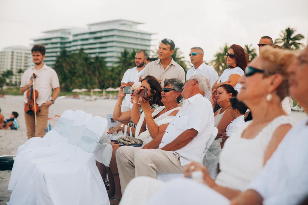 Robert and Elina beach wedding