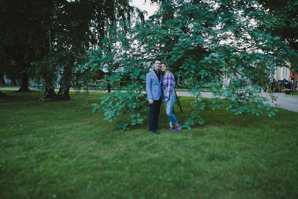 Настя и Леня.