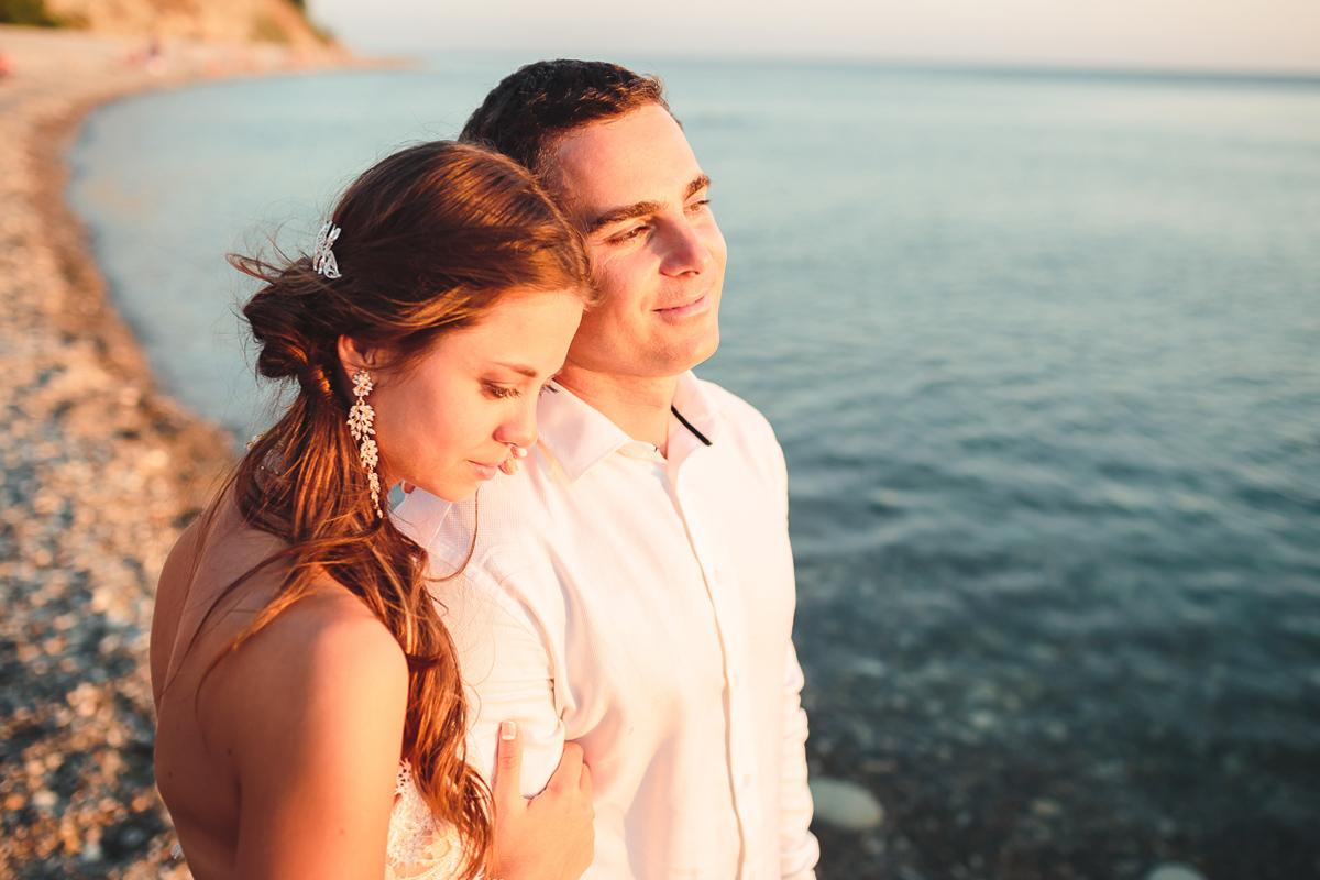 Сергей и Олеся...Рассекая волны на встречу счастью!