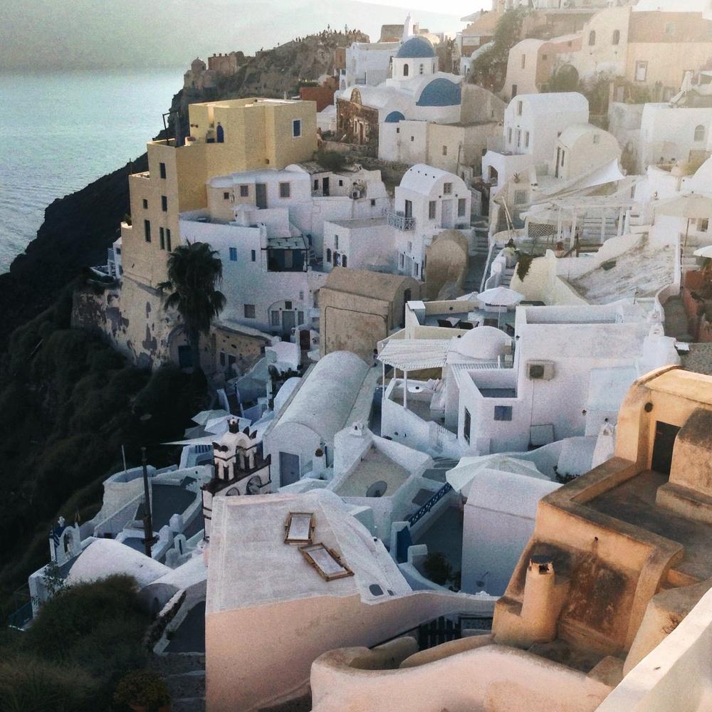 SOON : Santorini, GREECE 09/2014