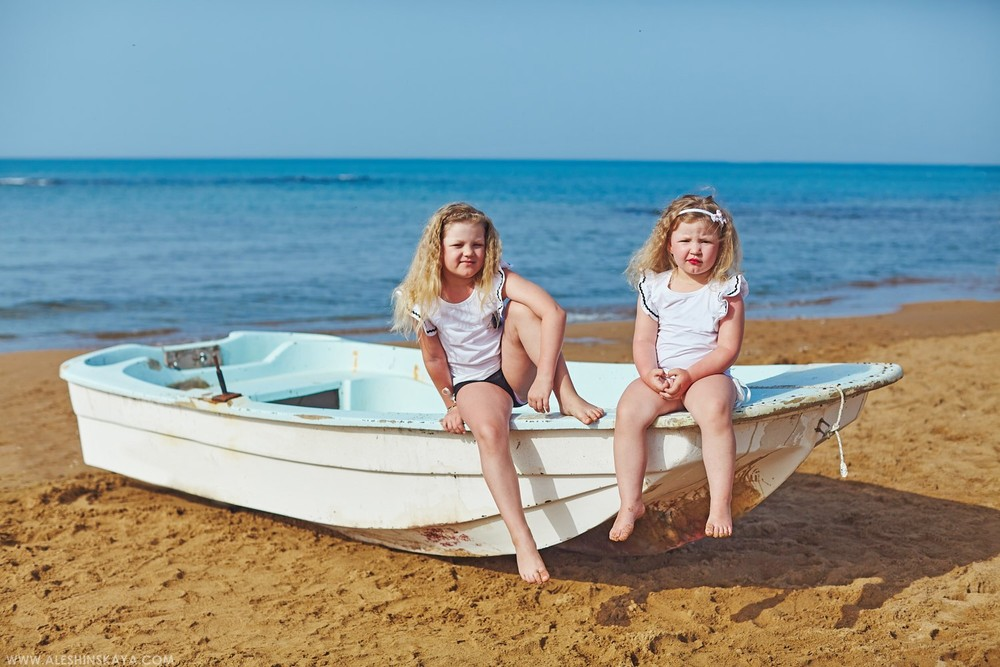 Sea side vacation with kids