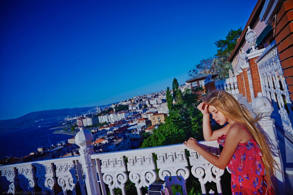 Tatiana in Izmir