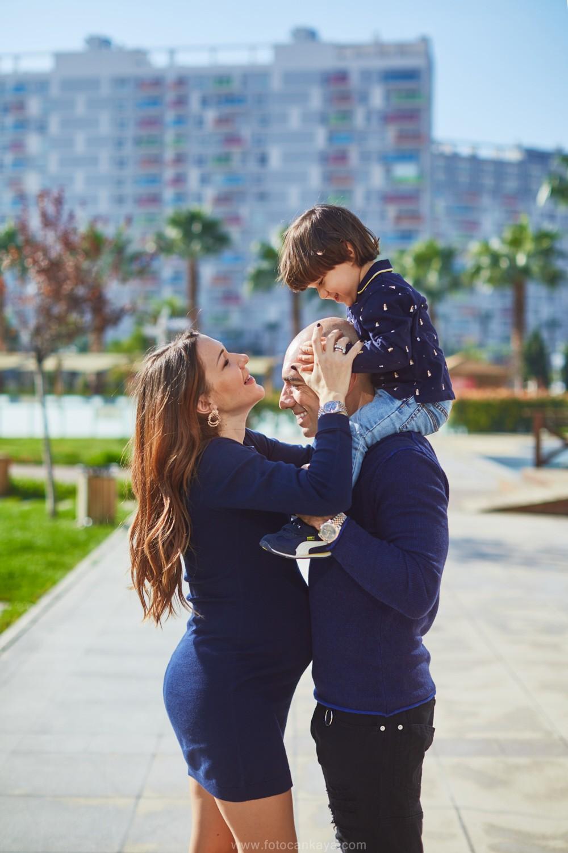 Happy Family in Izmir