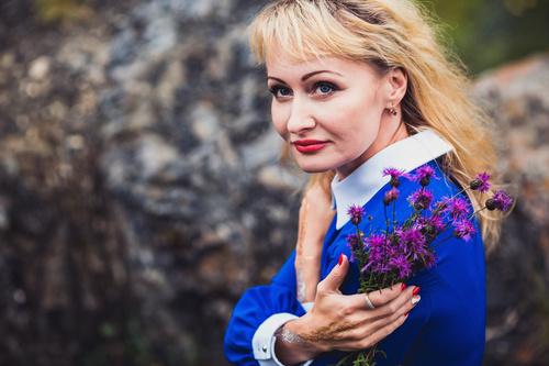 Наталья. Утес