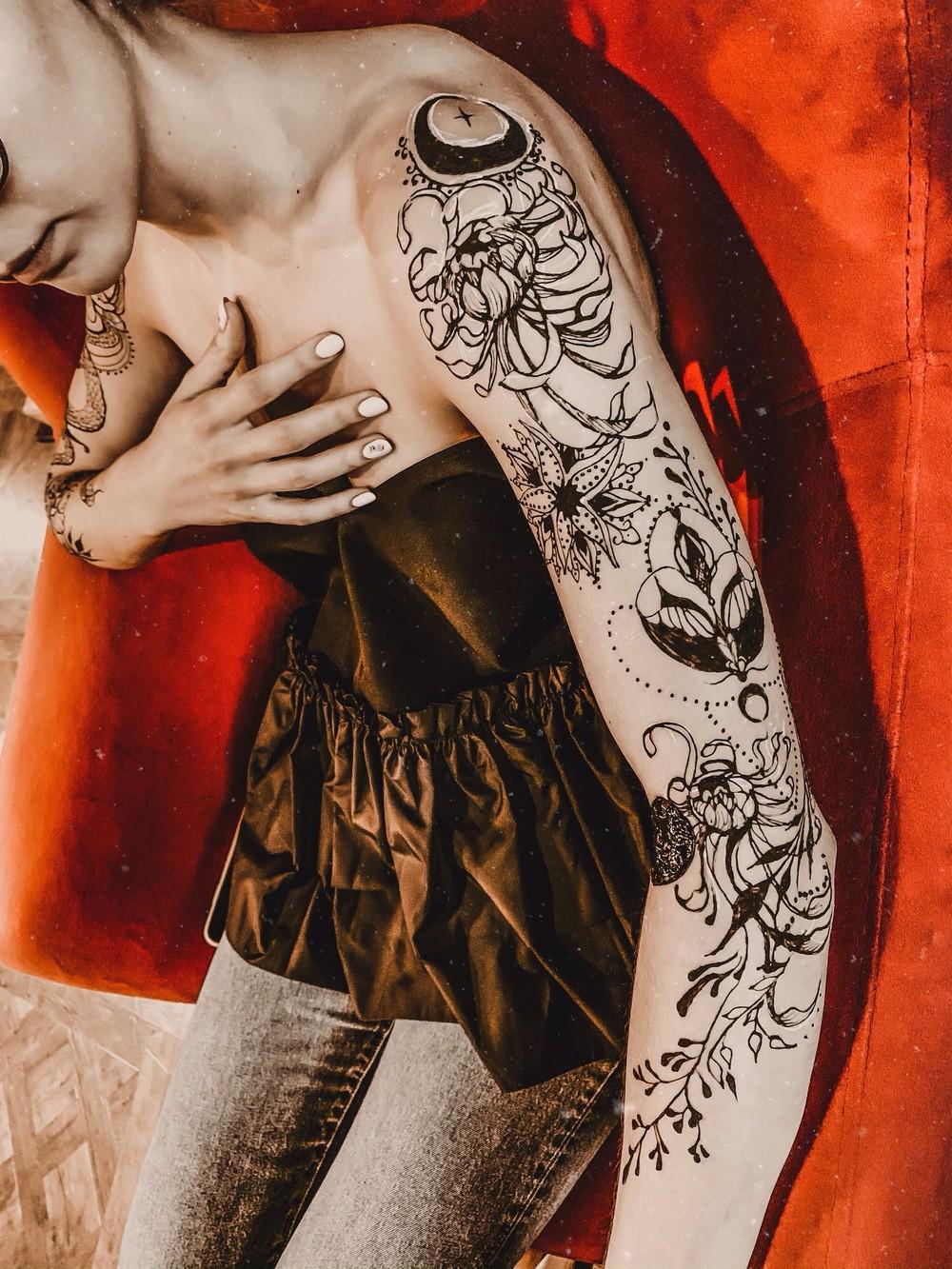 Henna art