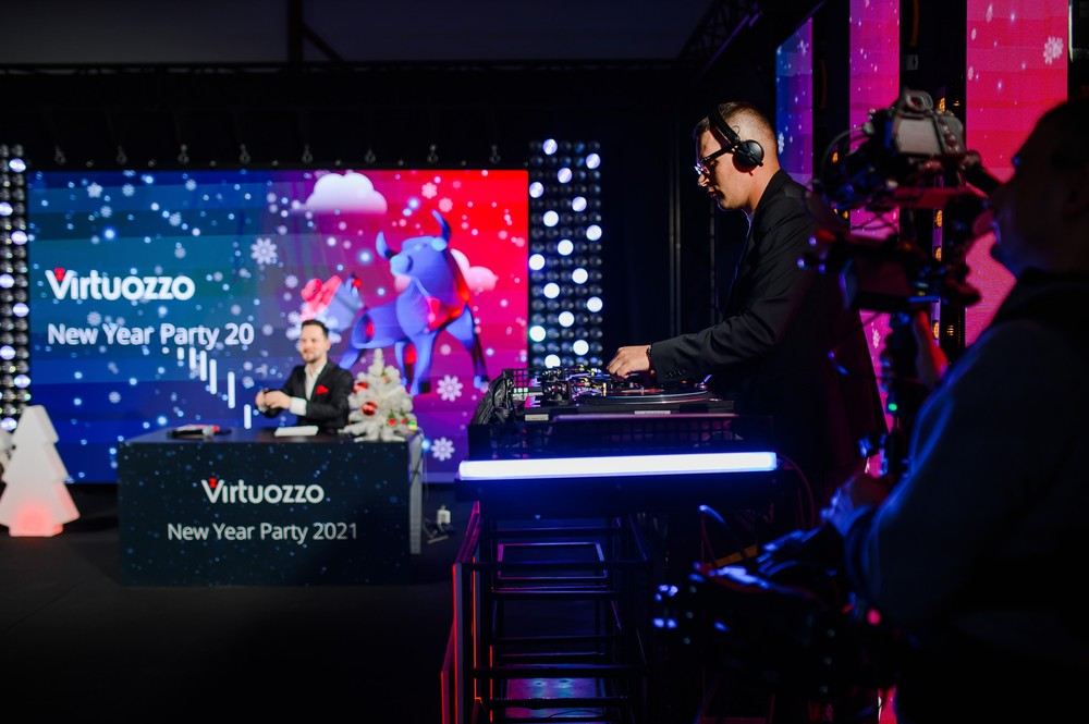 VIRTUOZZO ONLINE NEW YEAR PARTY