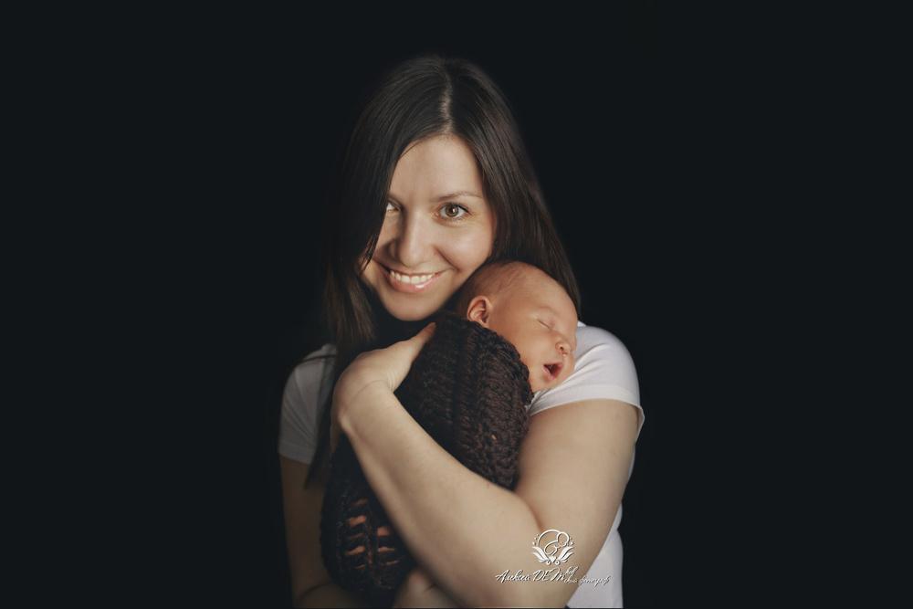 Новорожденные с родителями