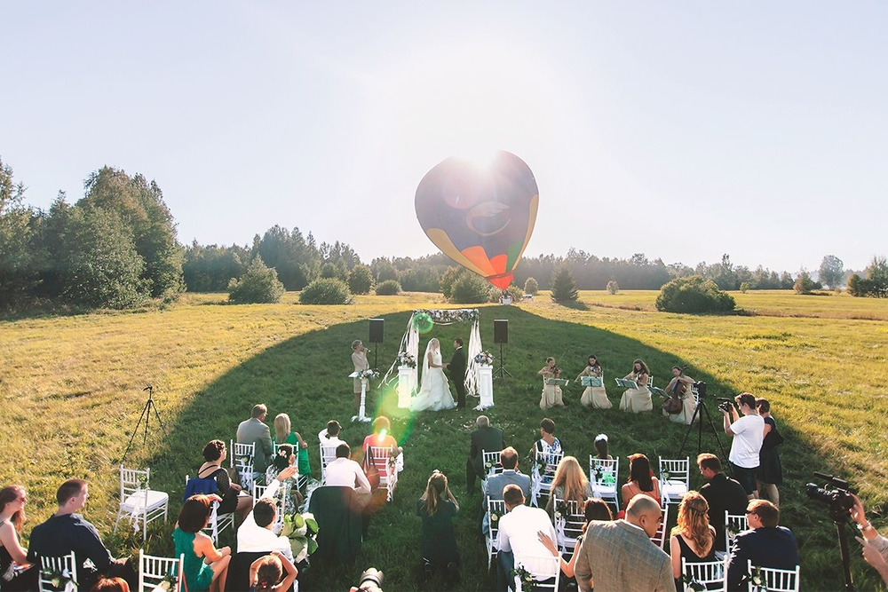 На большом воздушном шаре_отель