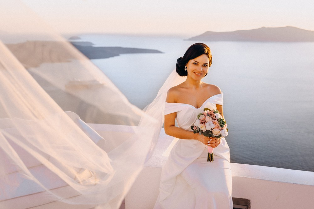 Spring Love in Santorini