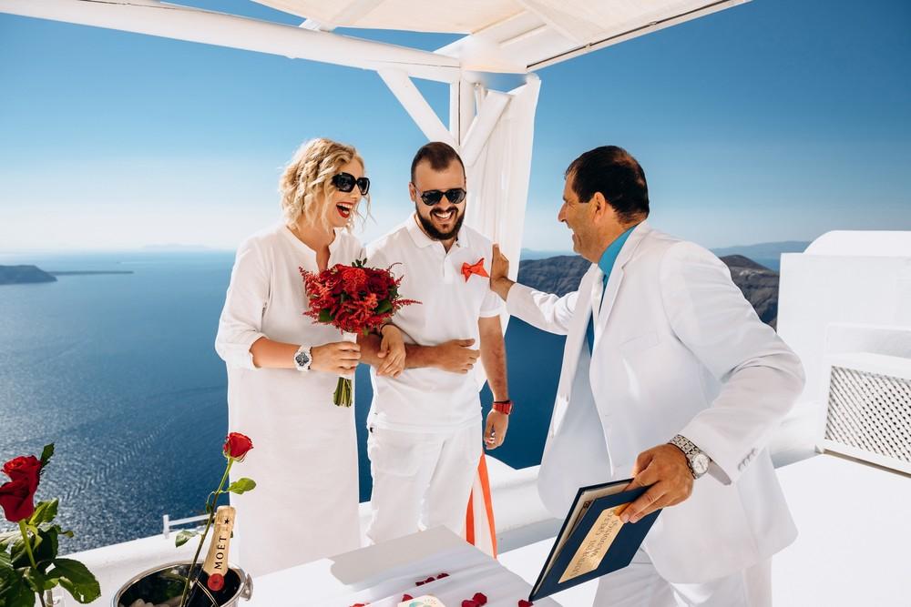 Crazy People, Woodoo People Santorini